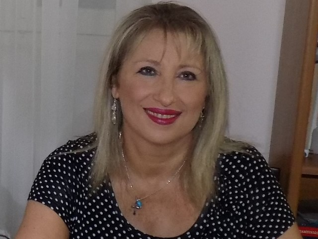 3648ef446221 Μαργαρίτα Καραγιώργου- Λάζαρη- Η ζωή ενός ασθενούς με Σκλήρυνση Κατά ...